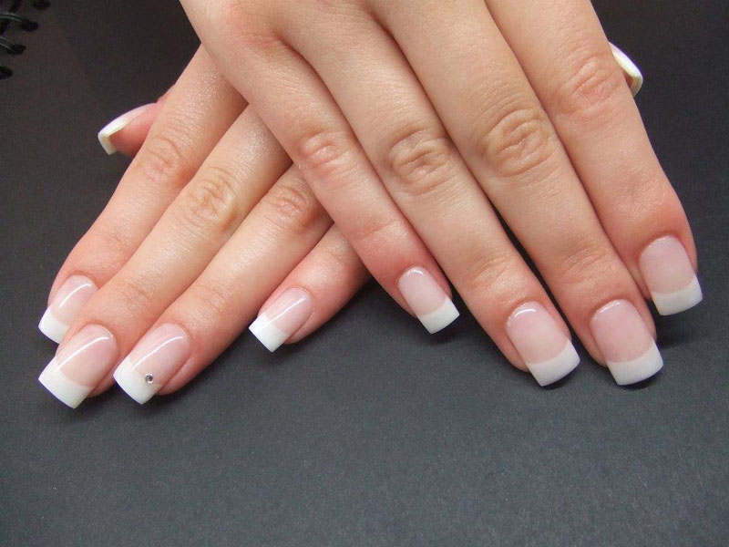 How to do french manicure at home? | Lifestylica