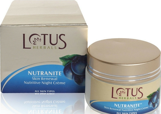 lotus-herbals nutratine skin renewal night cream