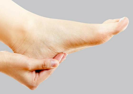 cracked-heel-care-lifestylica