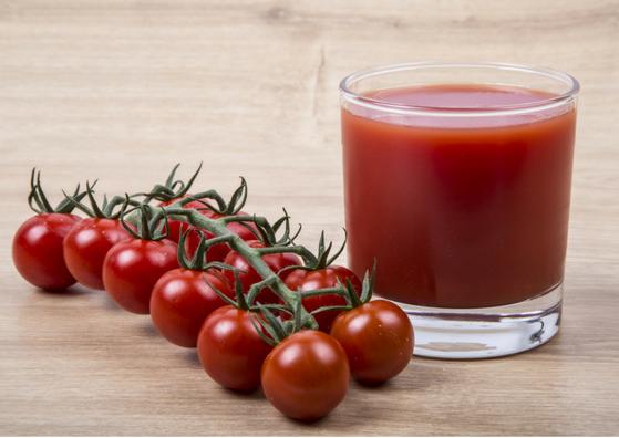 tomato-for-skin-care-juice-toner