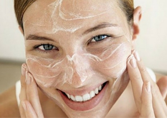 Ten Best Ways to Use Baking Soda for Skin