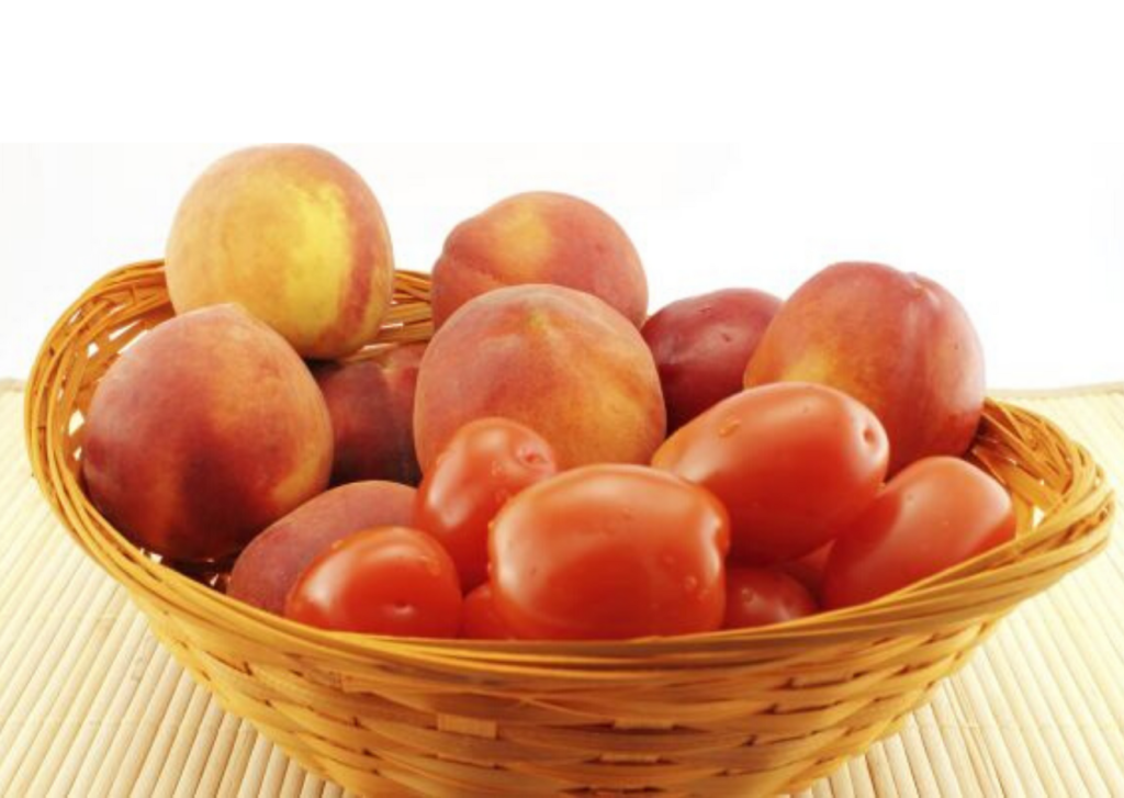 peach-tomato-fruit-mask-lifestylica